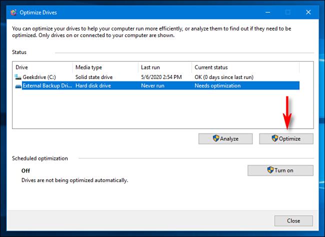 Defragment hard drive on Windows 10